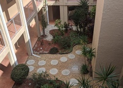 Glen Oaks Dr E Unit, Sarasota FL