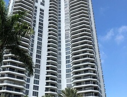 Mystic Pointe Dr , Miami FL