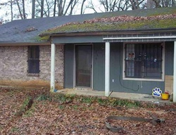Foreclosure - N Jackson St - Canton, MS