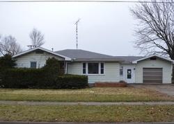 Foreclosure - E Walsh St - Centerville, IA