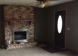 Foreclosure - Sunshine Cir - Mountain Home, AR