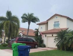 Lakeside Cir, Fort Lauderdale FL