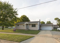 Foreclosure - Sibley St - Lowell, MI
