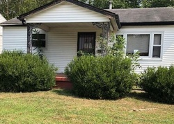 Foreclosure - Blue Ridge Dr - Henderson, KY