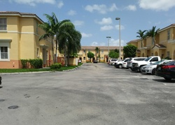 Foreclosure - W 36th Ave Apt 4 - Hialeah, FL