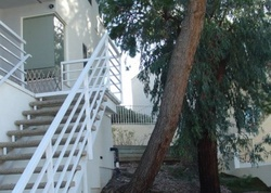 Alhama Dr, Woodland Hills CA