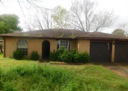 Foreclosure - Plumpoint Dr - Houston, TX