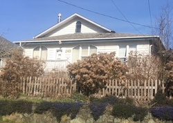Foreclosure - N Dean St - Coquille, OR