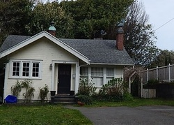 Foreclosure - S 11th St - Coos Bay, OR