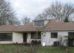 Foreclosure - Happy Valley Rd - Roseburg, OR