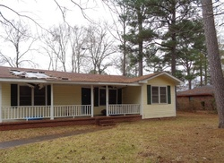 Foreclosure - Kermit St - Columbus, MS