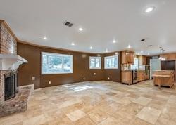 Foreclosure - Barbacoa Dr - Santa Clarita, CA