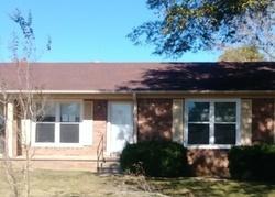 Foreclosure - Greenbriar Ave - Lexington, TN
