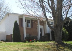 Maple Leaf Ln, Elkton VA
