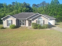Foreclosure - Builder Dr - Phenix City, AL