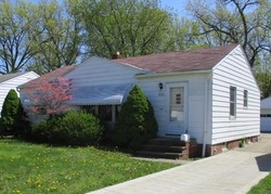 E 141st St, Maple Heights OH
