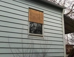 Foreclosure - Lewis Ave - Temperance, MI