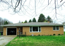 Foreclosure - Wood Ave - Benton Harbor, MI