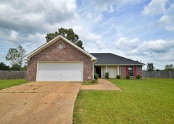 Foreclosure - Riverpointe Pl - Pearl, MS