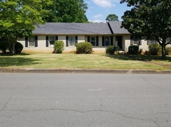 Foreclosure - Chickasaw Dr - Florence, AL