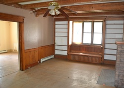 Foreclosure - 5th St Nw - Grand Rapids, MI