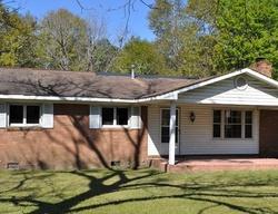 Foreclosure - Clear Lake Dr - Douglas, GA