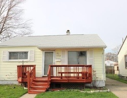 Foreclosure - Essex Ave - Warren, MI