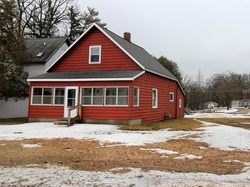 Foreclosure - E Newell St - White Cloud, MI