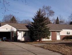 Edgewood St, Clinton Township MI