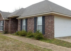 Pecan Cir, Brandon MS