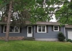 Foreclosure - Hall St - Charlotte, MI