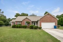 Foreclosure - Woodsboro Ct - Jonesboro, GA