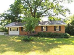 Pine St Sw, Calhoun GA