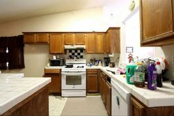 Foreclosure - Bel Aire Ave - Porterville, CA
