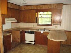 Foreclosure - S 11th St - Lumberton, MS