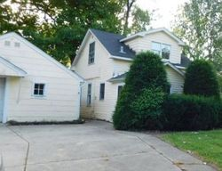 Foreclosure - N Greenwood Ave - Palatine, IL