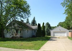 Foreclosure - 36th St Sw - Wyoming, MI