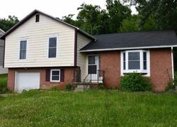 Foreclosure - Estate Dr - Morgantown, WV