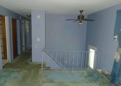 Foreclosure - Donna Dr - Groton, CT