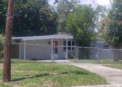 Parkwood Dr, Orange Park FL