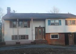 Foreclosure - Fawn Dr - Toms River, NJ