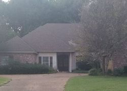 Foreclosure - Highleadon Pl - Madison, MS