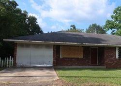 Foreclosure - Carver Ave - Lumberton, MS