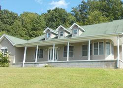 Foreclosure - Twin Fawn Trl - Middlesboro, KY