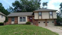 Foreclosure - Moody Park Dr - Overland Park, KS