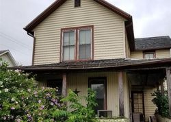 Foreclosure - N 3rd St - Coshocton, OH