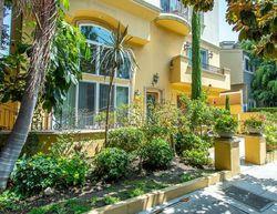 S Bentley Ave , Los Angeles CA