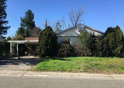Kahn St, Carmichael CA