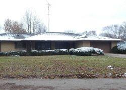 Foreclosure - Apache Dr - Springfield, IL