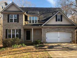 Foreclosure - Dylan Ct - Douglasville, GA